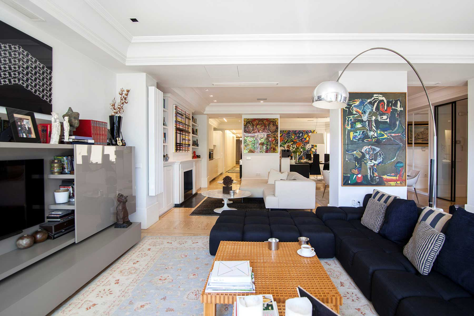 Madrid - Spain - Apartment, 4 rooms - Slideshow Picture 1